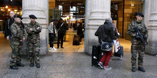 Les militaires à la Gare du Nord le 15 janvier